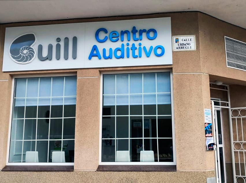 Centro Auditivo GUILL Tienda audífonos para personas adultas mayores